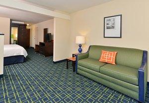 Room - Fairfield Inn & Suites by Marriott Cedar Rapids