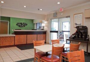 Lobby - Fairfield Inn by Marriott Davenport