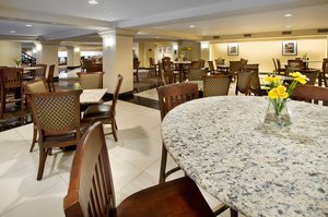 Bar - Drury Plaza Broadview Hotel Wichita