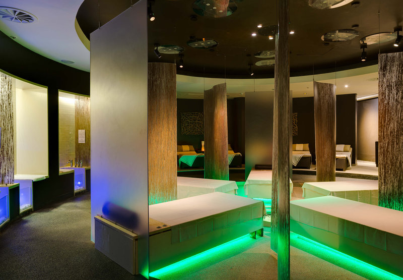 Spa - Massage Beds