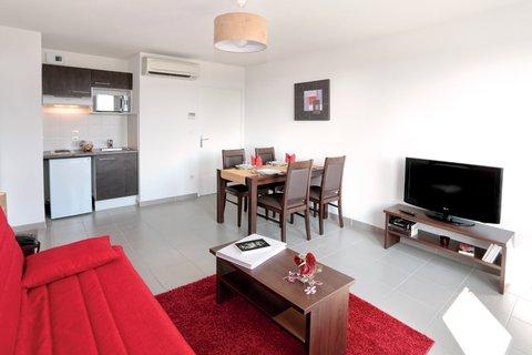 Apartment Pax Living Room Copie