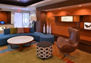 Lobby - Fairfield Inn & Suites by Marriott Mt Laurel