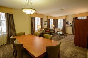 Room - Luxiasuites City Center Wilmington