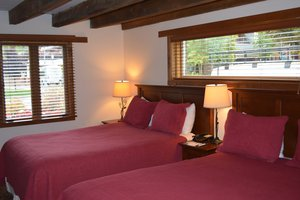 Room - Mountain Chalet Hotel Aspen