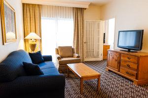 Room - DoubleTree Suites by Hilton Hotel Mt Laurel