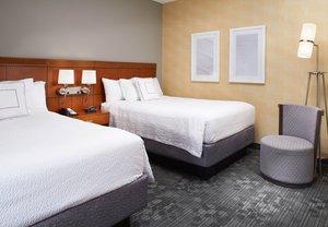 Room - Courtyard by Marriott Hotel Overland Park