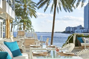Restaurant - Mandarin Oriental Hotel Miami