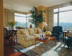 Suite - Four Seasons Hotel Westlake Village