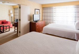 Room - Courtyard by Marriott Hotel Clive