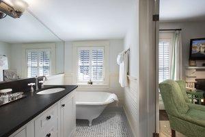 Room - Old Edwards Inn & Spa Highlands
