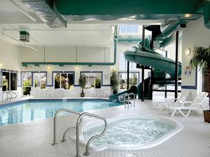 Pool - Canalta Hotel Brooks