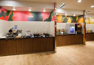 Restaurant - Fairfield Inn & Suites by Marriott Vadnais Heights