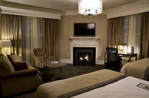 Room - Lenox Hotel Boston