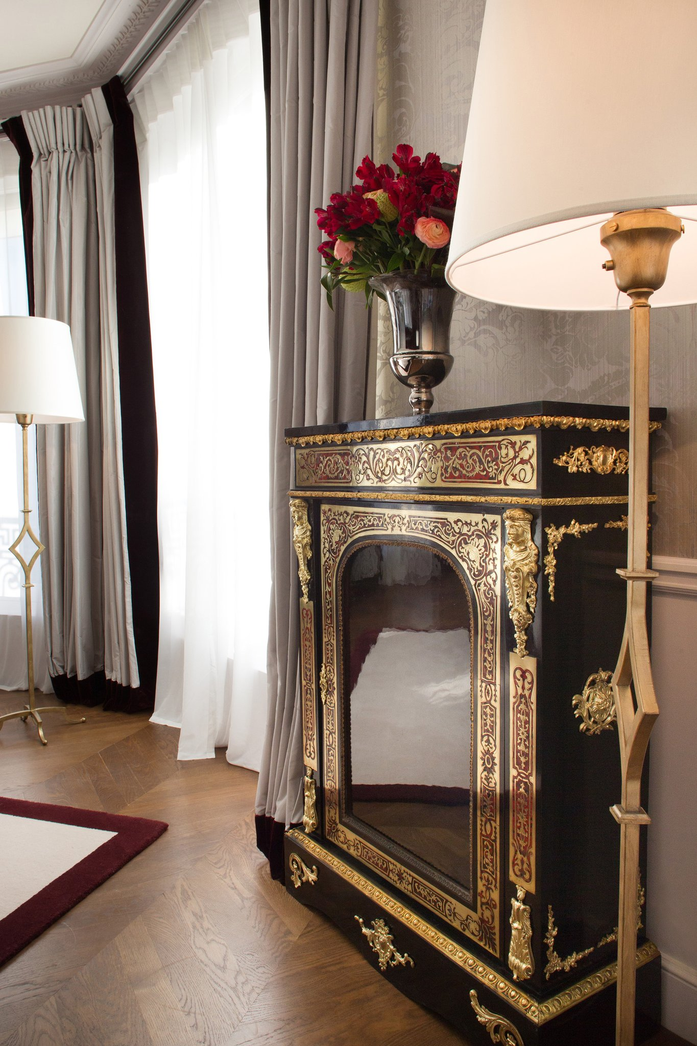 Hotel Detail Suite