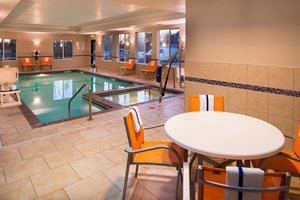 Pool - Holiday Inn Express Hotel & Suites Pittsburg