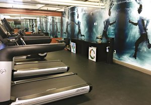 Fitness/ Exercise Room - Q & C Hotel New Orleans
