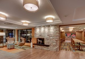 Lobby - Fairfield Inn by Marriott Amesbury