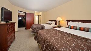 Room - Staybridge Suites West Des Moines