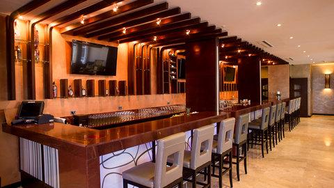 Barᅢᆳ Bar and Lounge Bar Area
