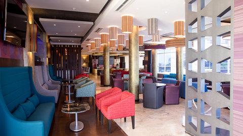 Barᅢᆳ Bar and Lounge