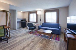 Suite - Holiday Inn Express Hotel & Suites Golden Valley