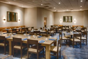 Restaurant - DoubleTree by Hilton Hotel Westminster