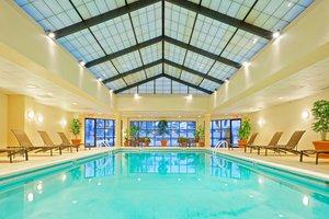 Pool - Crowne Plaza Hotel Fairfield