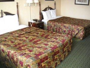 Room - Red Carpet Inn & Suites Atlantic City