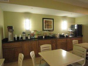 Restaurant - Red Carpet Inn & Suites Monmouth Junction
