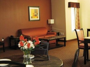 Suite - Red Carpet Inn & Suites Monmouth Junction