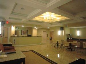 Lobby - Red Carpet Inn & Suites Monmouth Junction