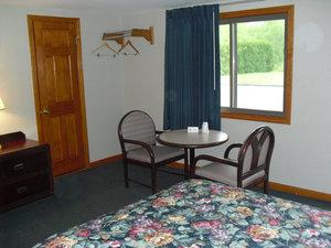 Room - Passport Inn Methuen