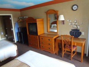 Room - Red Carpet Inn & Suites New Orleans