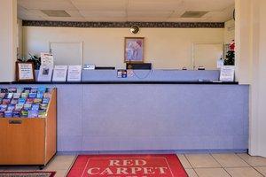 Lobby - Red Carpet Inn Battleboro
