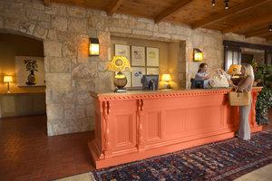 Lobby - Lake Austin Spa Resort