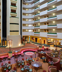 Bar - Marriott Hotel Cedar Rapids