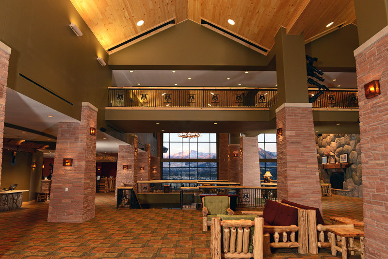 Great Wolf Lodge Colorado Lobby