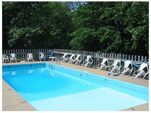 Pool - Scottish Inn Osage Beach
