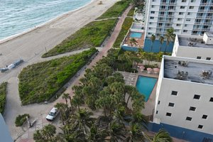 Beach Crystal Suites Miami