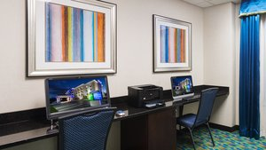 proam - Holiday Inn Express Hotel & Suites Stroudsburg