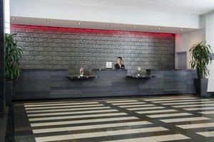 Lobby - DoubleTree by Hilton Hotel Airport Miami