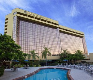 Exterior view - DoubleTree by Hilton Hotel Airport Miami