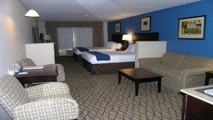 Room - Holiday Inn Express Belle Vernon