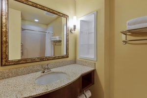 - Holiday Inn Express Hotel & Suites Salina