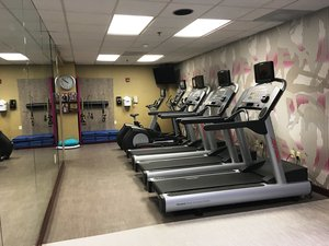 Fitness/ Exercise Room - Crowne Plaza Hotel Edison