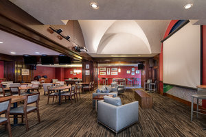 Bar - DoubleTree by Hilton Hotel Airport Philadelphia