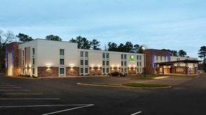 Holiday Inn Express Busch Gardens Williamsburg Va See