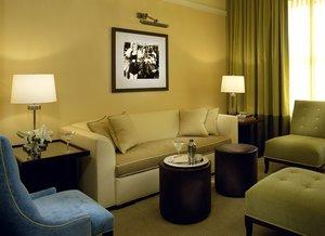 Suite - Hotel Deluxe Portland