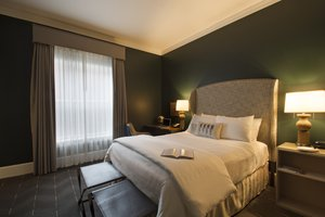 Room - Sentinel Hotel Portland