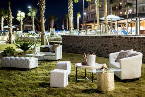 Weddings Beach Club Lawn